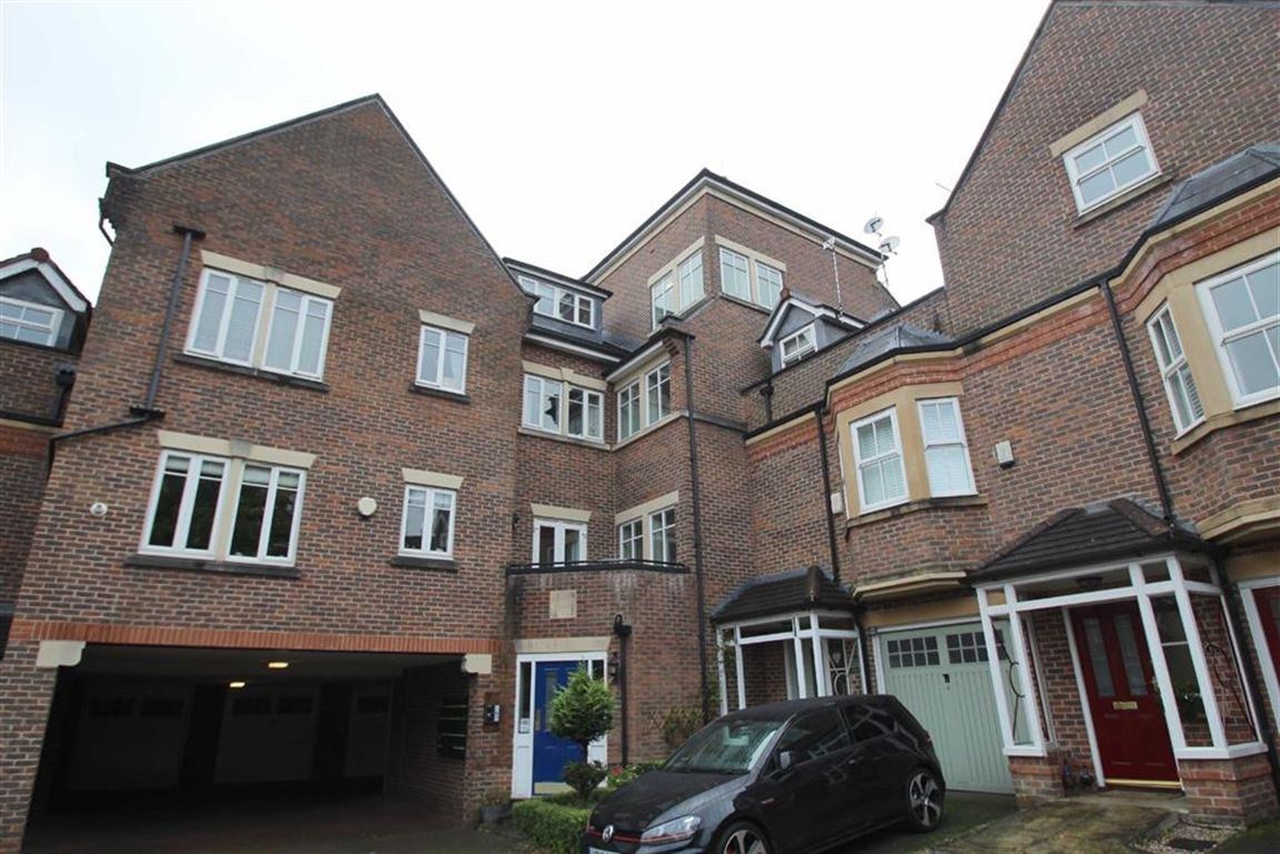 2 Bedrooms Apartment Flat for sale in Grove Lane, Hale