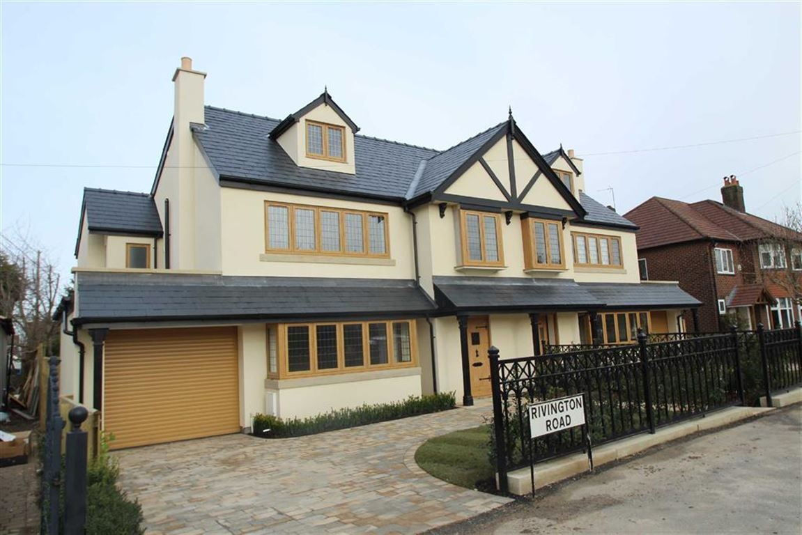 5 Bedrooms Semi Detached House for sale in Rivington Road, Hale, Altrincham