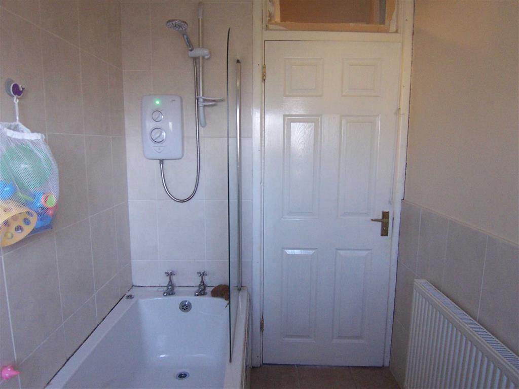 Ty Cam, Aberystwyth, Ceredigion, SY23 – Lloyd Herbert & Jones Estate ...