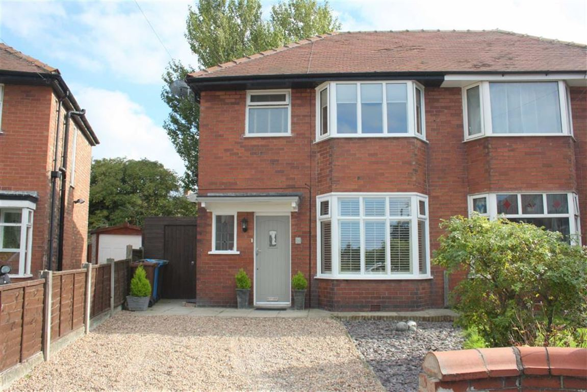 3 Bedrooms Property for sale in Burns Avenue, Lytham