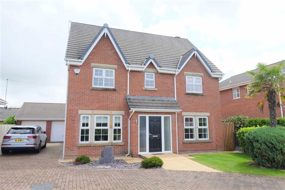 5 Bedrooms Detached House for sale in Victory Boulevard, Lytham Quays, Lytham