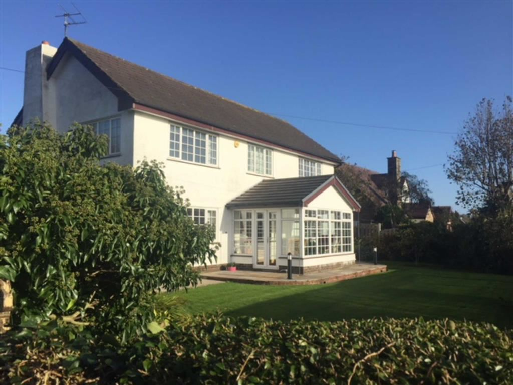 3 Bedrooms Detached House for sale in Marsh Lane, Hambleton
