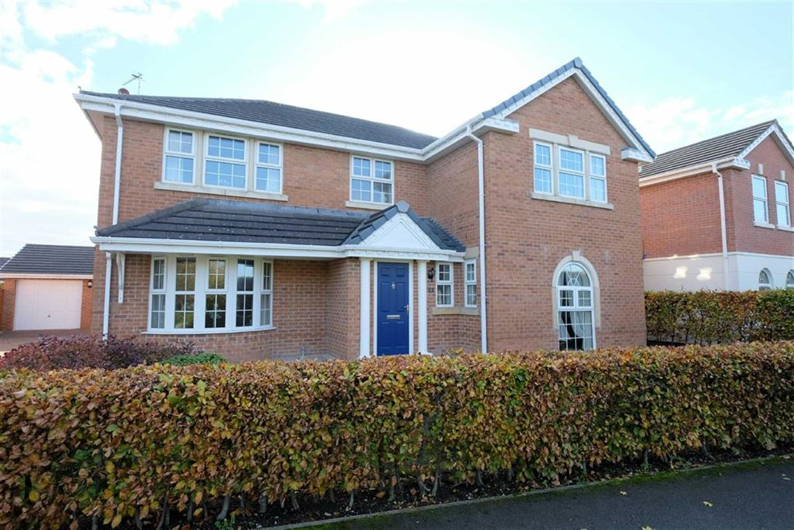4 Bedrooms Detached House for sale in Dunlin Drive, Cypress Point, Lytham St Annes