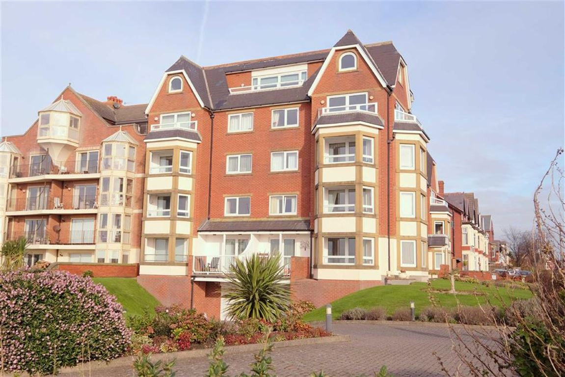 2 Bedrooms Penthouse Flat for sale in Vernon Lodge, 99 South Promenade, St Annes