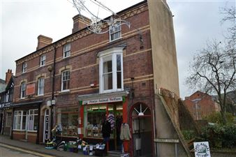 Property image of home to let in Market Street, Newtown