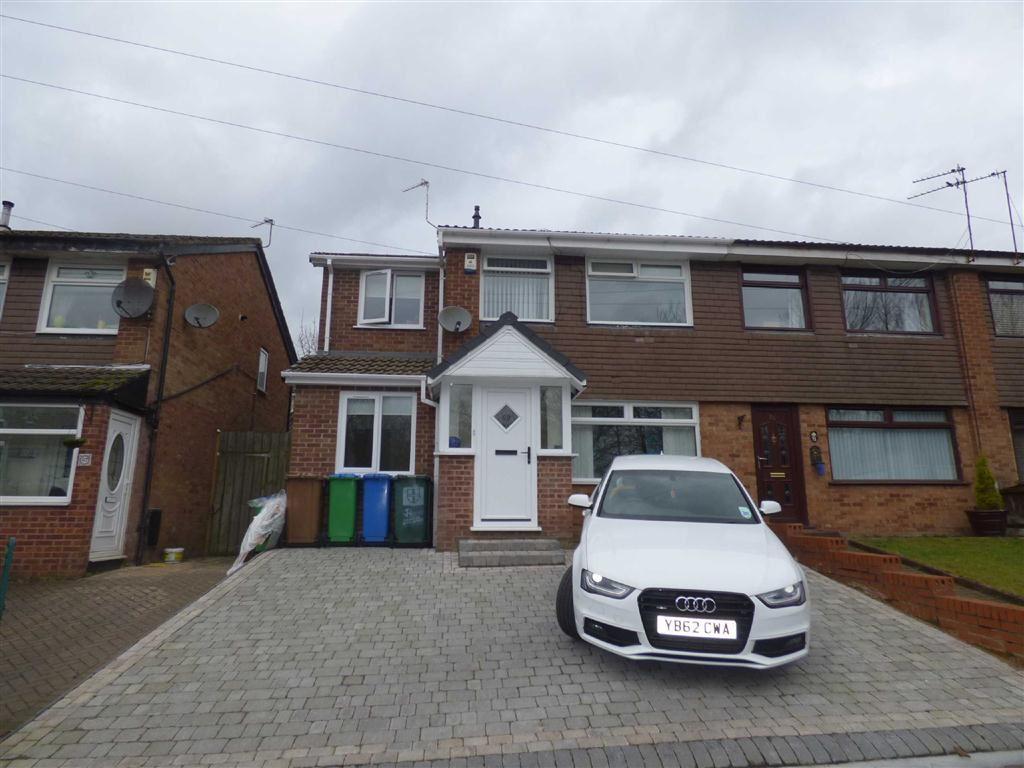 4 Bedrooms Property for sale in Glenwood Drive, Middleton, Manchester, M24