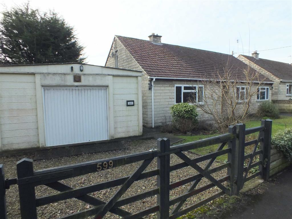 4 Bedrooms Property for sale in Berryfield Lane, Meksham, Wiltshire, SN12