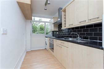 Property in Lansdowne Way, SW8