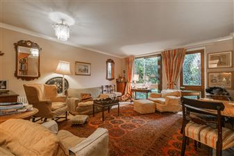 Property in Rosebank, Holyport Road, London