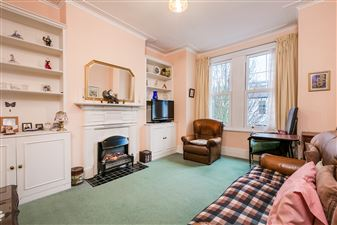Property in Wardo Avenue, London