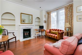 Property in Firth Gardens, London