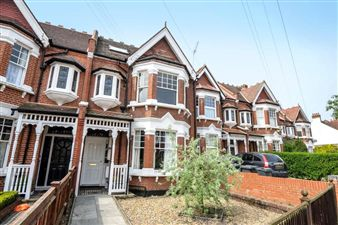 Property in Braxted Park, Streatham Common SW16
