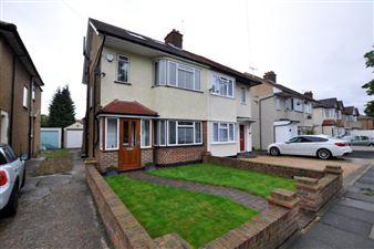 Property in Milverton Drive, Uxbridge, UB10