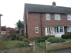 Property in Love Lane, Aveley, South Ockendon