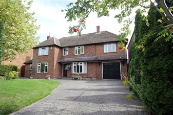 Property in Middle Drift, Royston