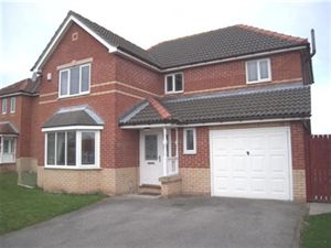 Property in Greenwood Close, Worksop
