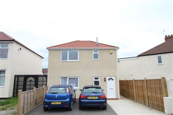 Property in SANDLING AVENUE - HORFIELD