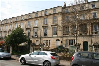Property in Apsley Road - Clifton