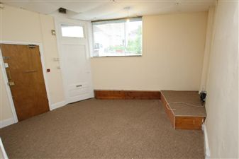 Property in Wells Rd - Knowle BS4