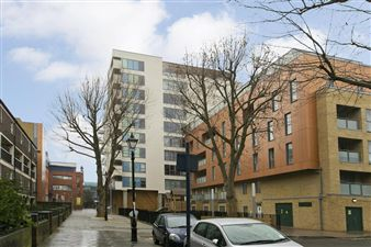 Property in Vernon Road, London E3