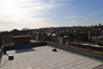 Property in Peckham Road, London SE5