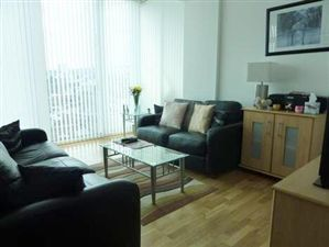 Property in Maritime House, Greens End, London SE18