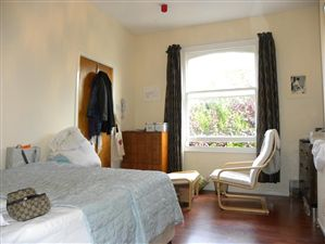 Property in Ennis Road, London N4