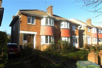 Property in Perryn Road, London W3