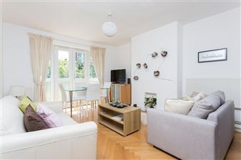 Property in Vivian House, Seven Sisters Road, London N4