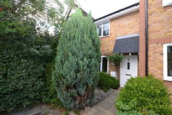Property in Brook Meadow Close, Woodford Green