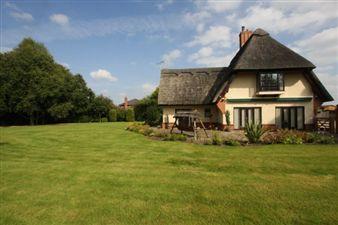 Property in Stamford Lane Christleton