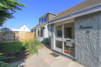 Property in Hodgson Road, Seasalter, Whitstable