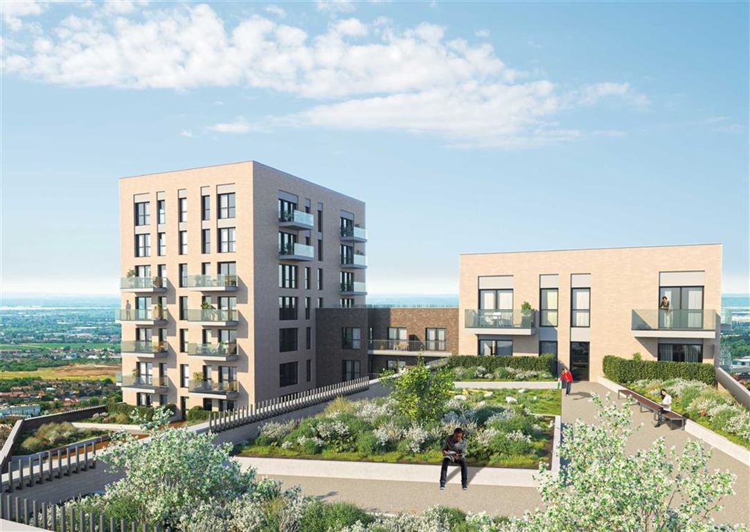 Apartment Flat for sale in Greenview Court, Southall, Middlesex