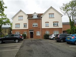 Property image of home to let in St. Lawrence Road, Upminster