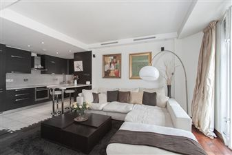Property in Carrington House, Hertford Street, W1J