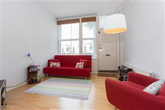 Property in Barnsbury Road, N1