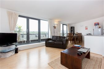 Property in Bemerton Street, N1