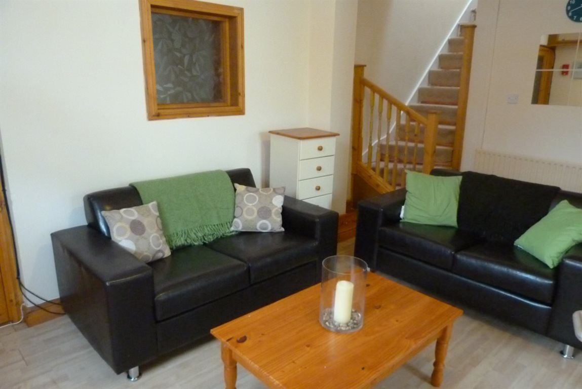 6 Bedrooms House for rent in Northcote Street, Roath, ( 6 beds )