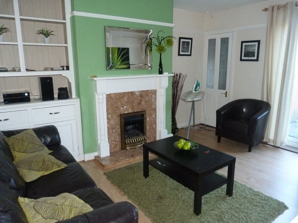 3 Bedrooms House for rent in Maindy Road, ( 3 beds )