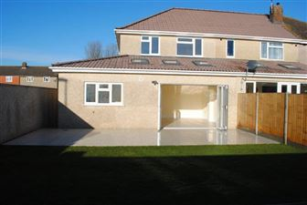 Property in Rossall Avenue