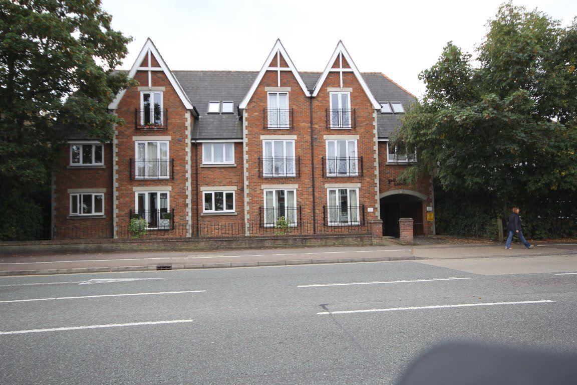 Poynters Lodge Cambridge CB4 1JB