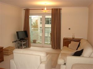 Property in Century Wharf, Cardiff Bay ( 1 Bed )*