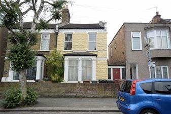 Property in Dawlish Road, Leyton