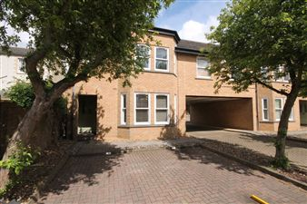 Property image of home to let in The Croft, Stamford