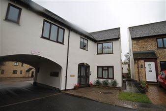 Property image of home to let in Phillips Court, Stamford