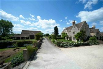 Property in NEAR SHERSTON