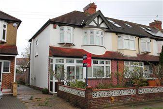 Property in Buckleigh Avenue, Merton Park