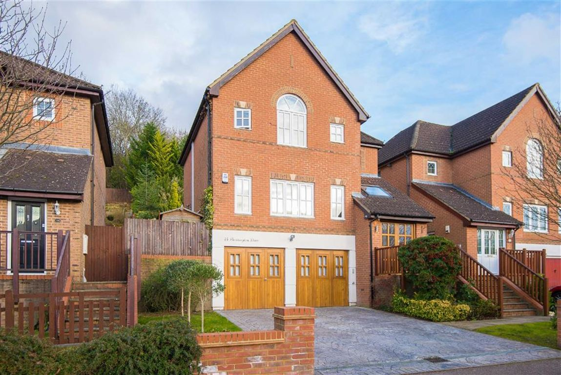 5 Bedrooms Property for sale in Barrington Drive, Harefield, Middlesex, UB9