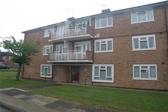 Property image of home to let in Moultrie Way, Upminster