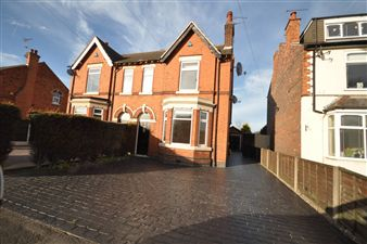 Property in Derby Road, Draycott